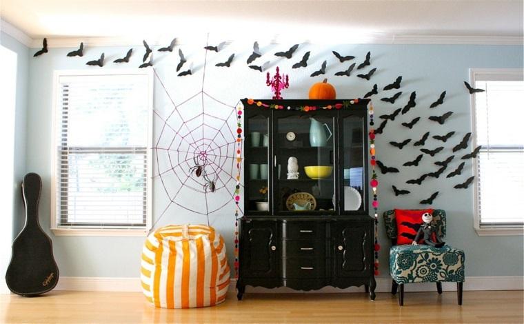 addobbi per halloween sagome pipistrelli ragnatela