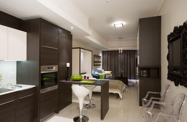 appartamento piccolo confortevole mobili neri