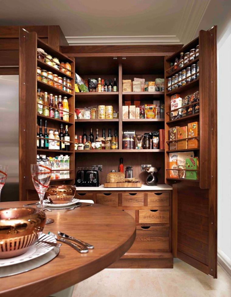 armadio dispensa cucina ben fornito