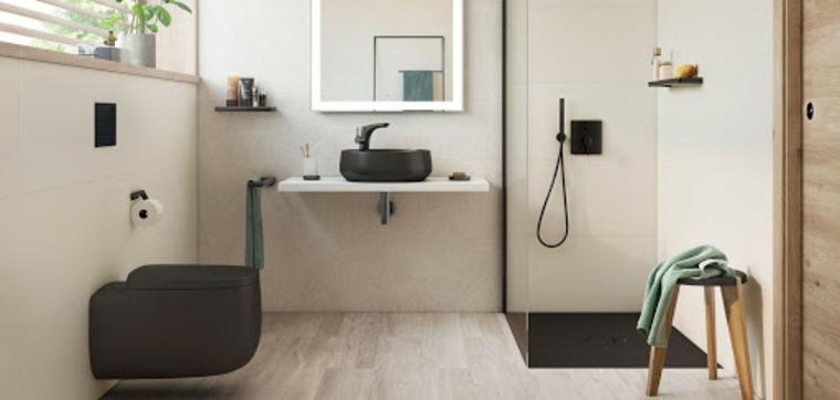 Come abbellire il bagno, sala da bagno con finestra e box doccia separata