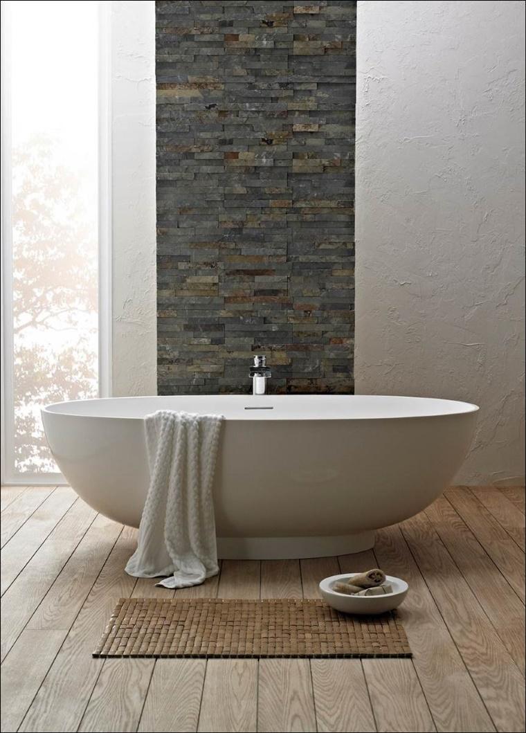 arredo bagno stile moderno parete vintage pietra