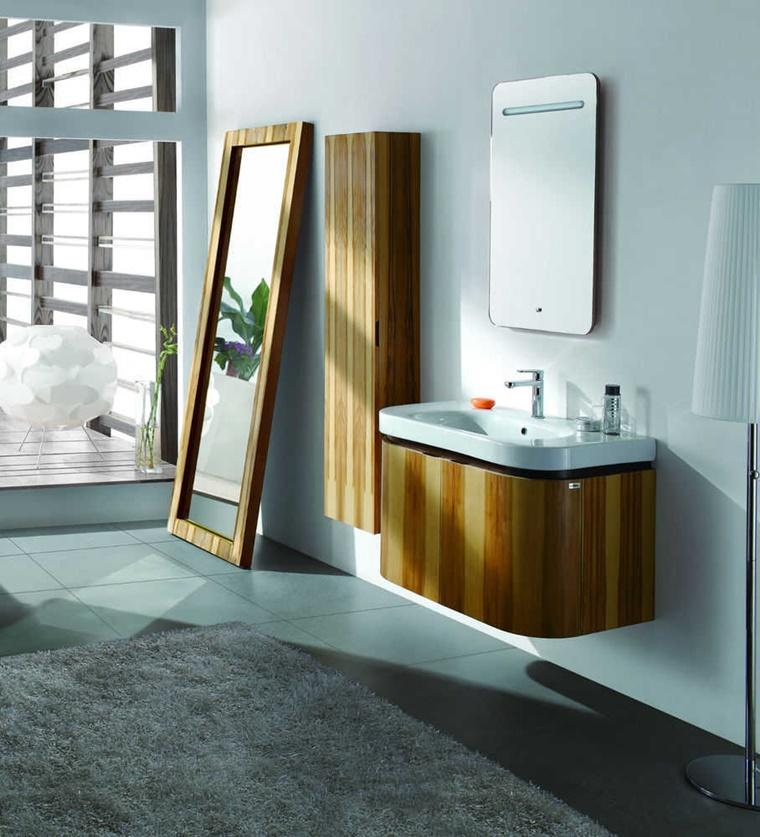 bagno mobili legno chiaro per spazio piccolo