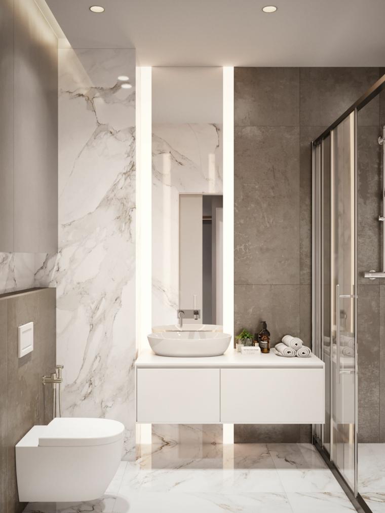Bagno piccolo soluzioni salvaspazio, bagno con rivestimento delle pareti in piastrelle in marmo