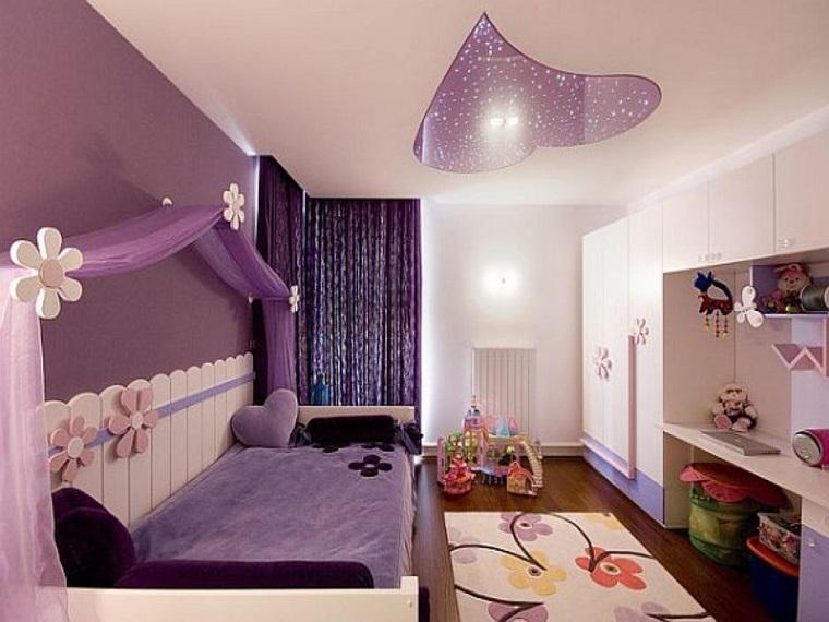 cameretta elegante colore viola accessori