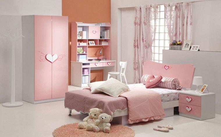 cameretta per ragazze arredamento classico rosa