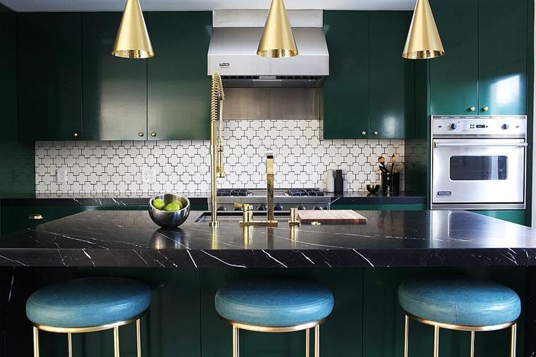 combinazione ottone acciaio rame cucina contemporanea