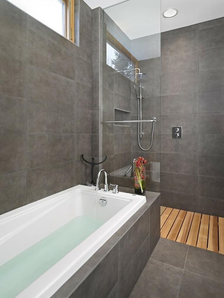Bagni piccoli con doccia e lavatrice, box doccia in vetro con piastrelle grigie