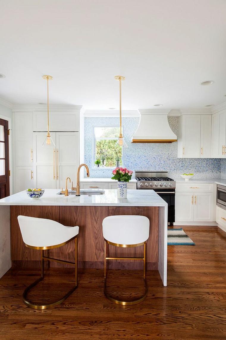 cucina bianca isola elementi legno metallo