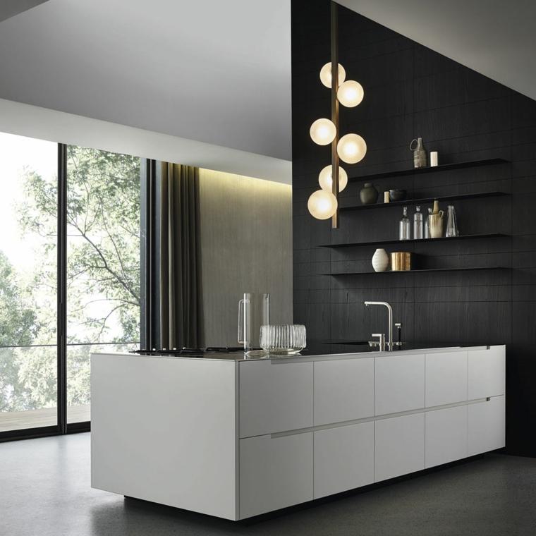 cucina isola bianca mensole muro nero comoda