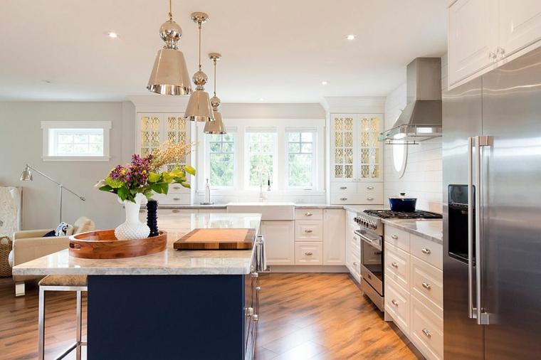 cucina moderna materiali metallo lampade sospensione