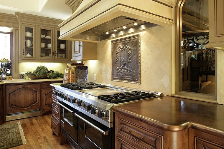 cucina moderna toscana finiture rame