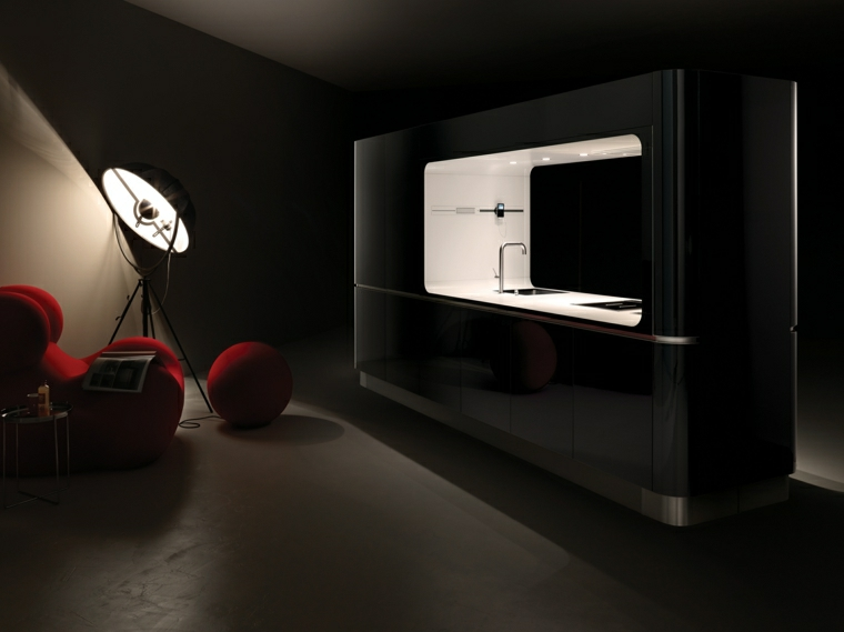 cucina monoblocco nero lucido spazio aperto ben illuminato