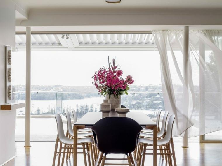 decorazione floreale centrotavola sala da pranzo stile