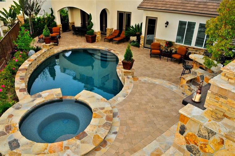 design piscina rotonda idea originale giardino
