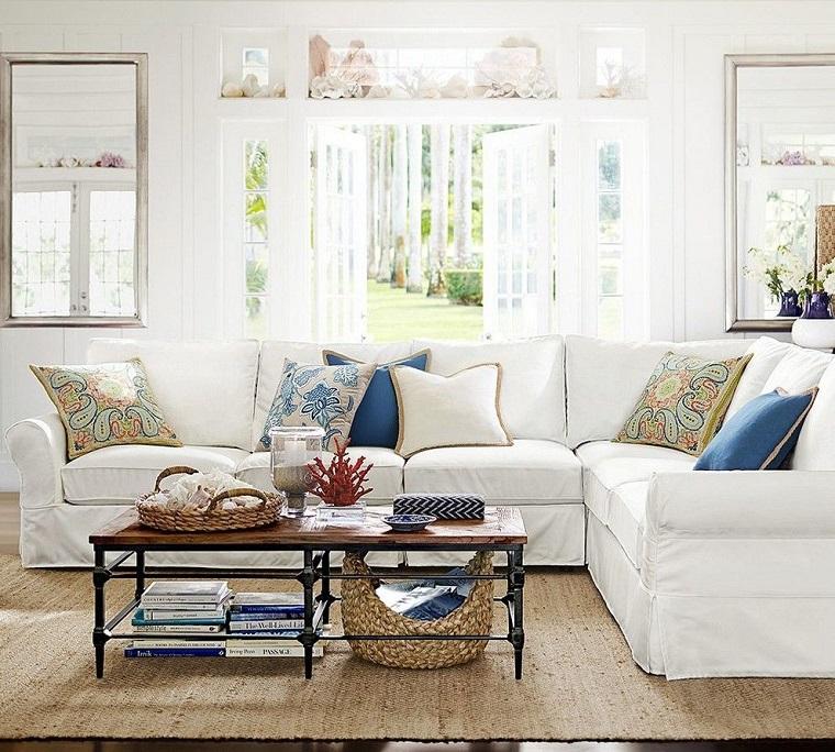 divano bianco cesta legno elemento autunno