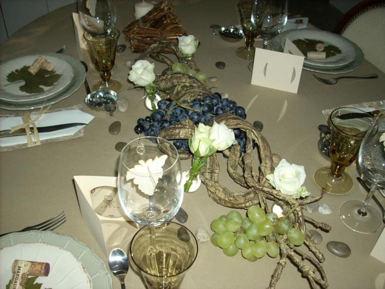 foglie uva piatti uva centro tavola ottima decorazione