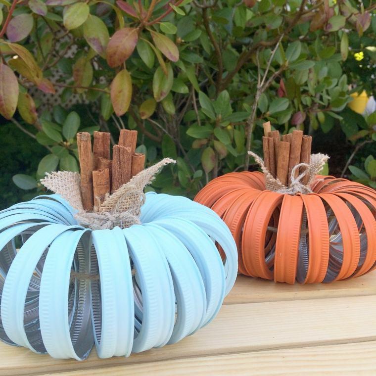 Immagini di zucche di Halloween, tappi di metallo, bastoncini di legno, zucche di tappi di barattoli