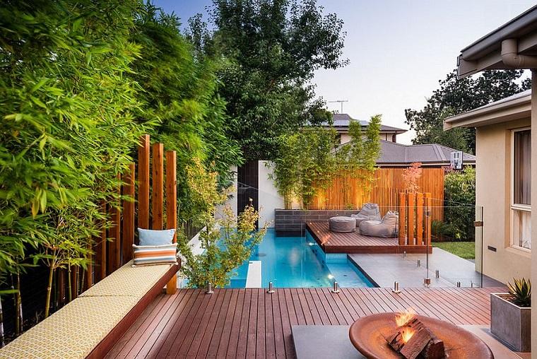 giardino con piscina interrata location moderna