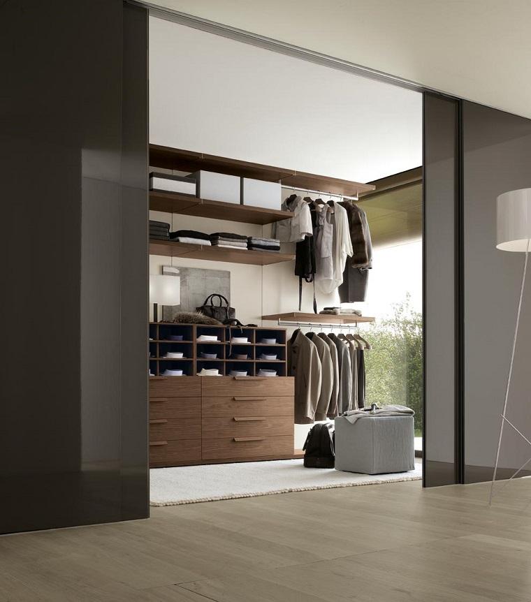 idea armadio integrato parete stile moderno