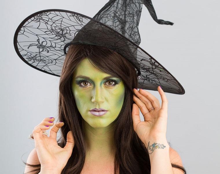 idee trucco strega faccia verde
