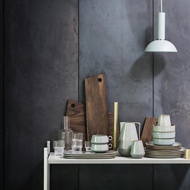 legno grigio bianco servizio elegante ottima scelta apparecchiare tavola autunnale