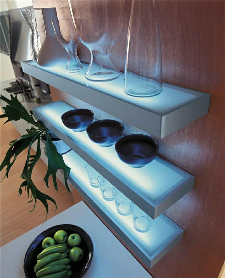 Mensole design idee e tendenze nella cucina for Mensole ikea vetro