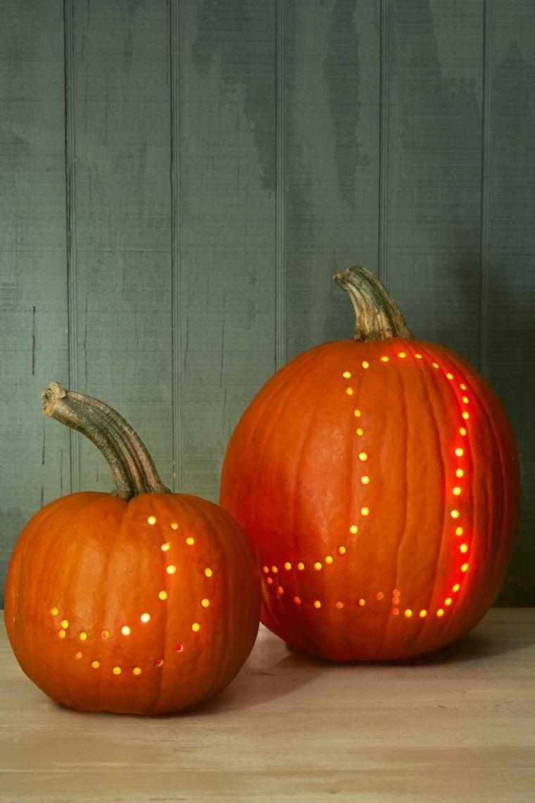 Zucche intagliate, zucche con disegni mezza luna e stivale, decorazioni lanterna per Halloween