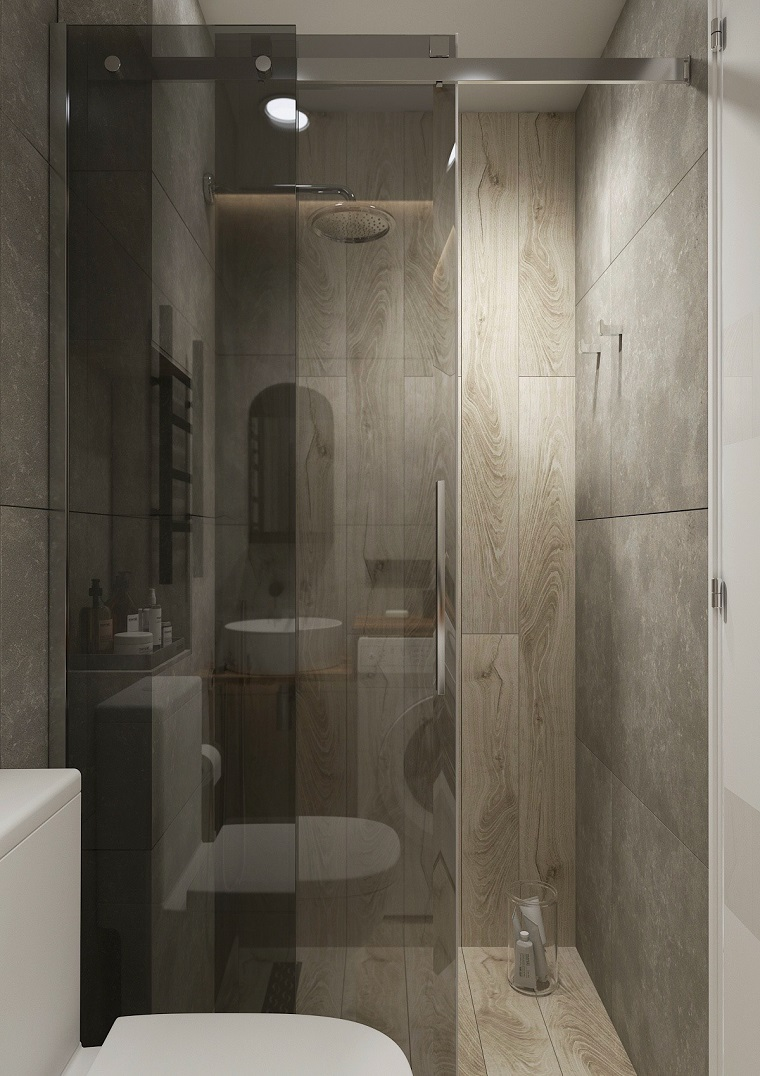 Come ristrutturare un bagno, box doccia con porta di vetro e rivestimento in piastrelle