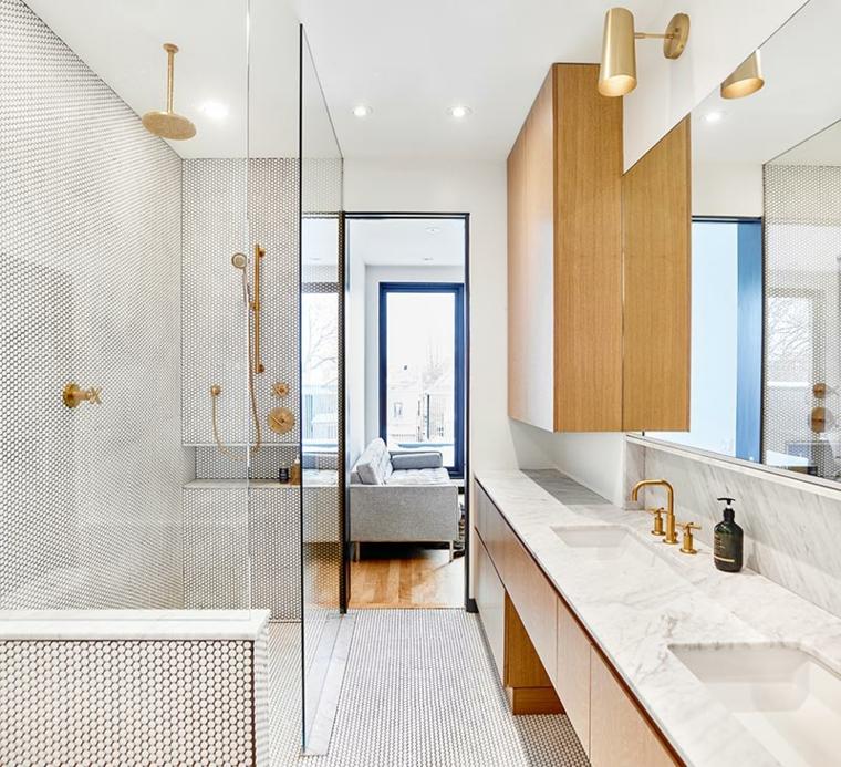 Idee bagno moderno piccolo, sala da bagno con box doccia, arredo con armadio in legno