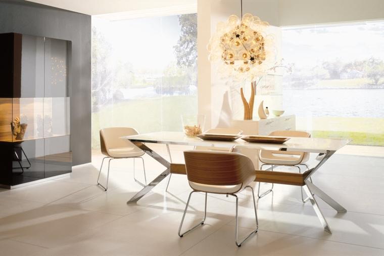 sala da pranzo decorazione lusso lampadario stile