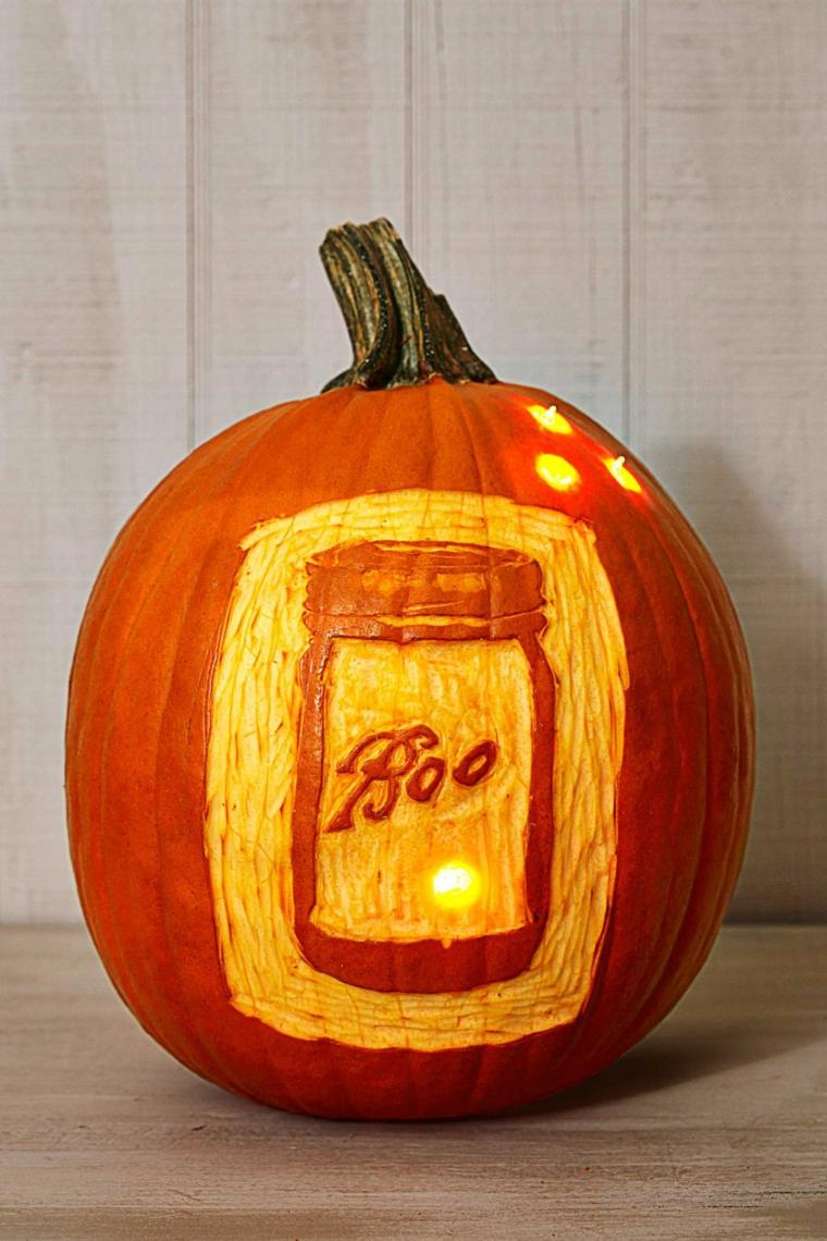 Zucca di Halloween, zucca intagliata con scritta, decorazioni lanterna per Halloween