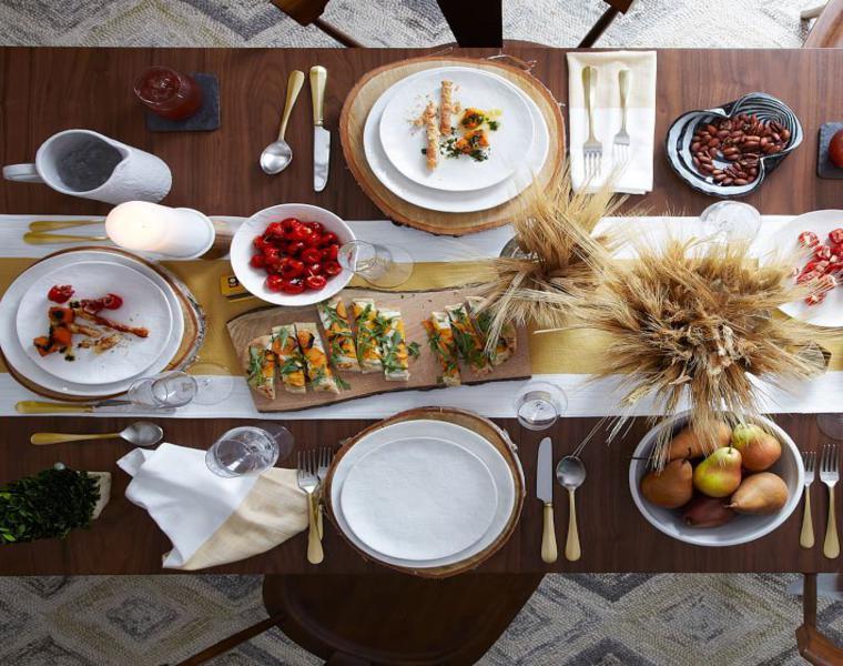 tavola apparecchiata frumento secco tavolazza calda