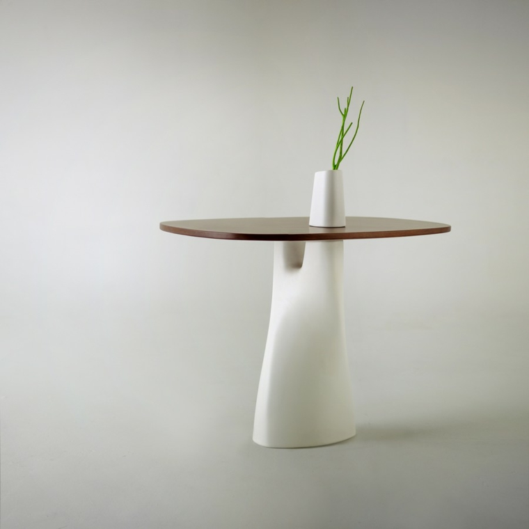 tavolo bianco stile minimalista superficie marone liscia