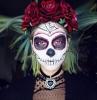 trucco-per-halloween-maschera-donna-bocca-cucita-occhi-dipinti
