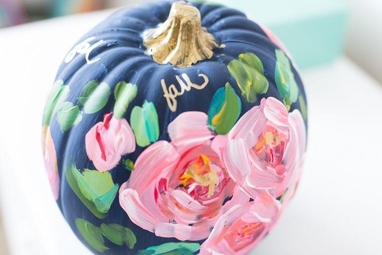 zucca di halloween decorazione motivi floreali