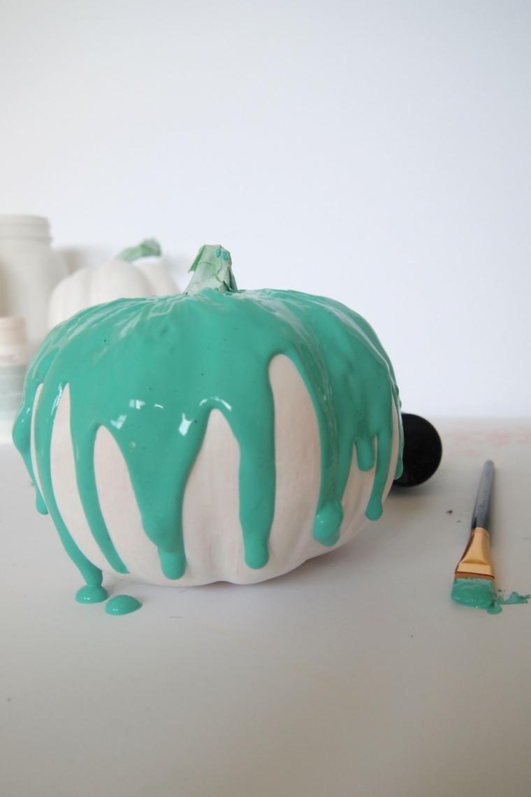 zucca haloween decorazioni fai da te dipinta blu