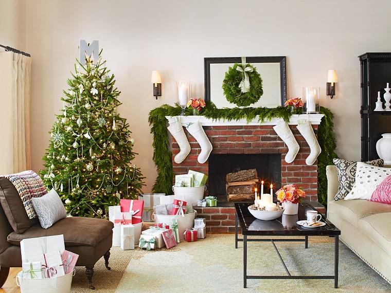 addobbi albero di Natale bianchi argento