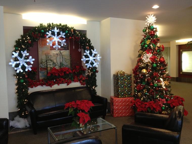 addobbi albero di Natale rosso verde