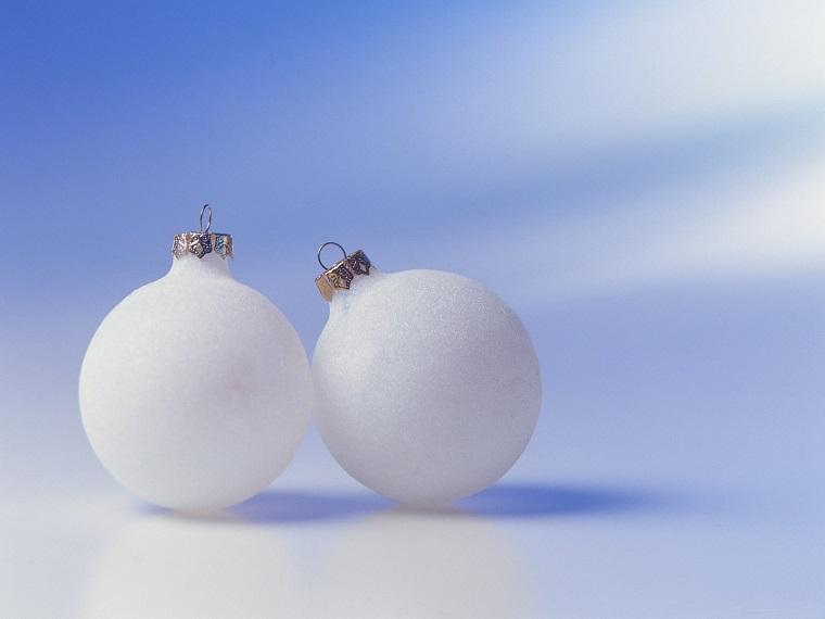 addobbi di Natale bianchi semplici eleganti