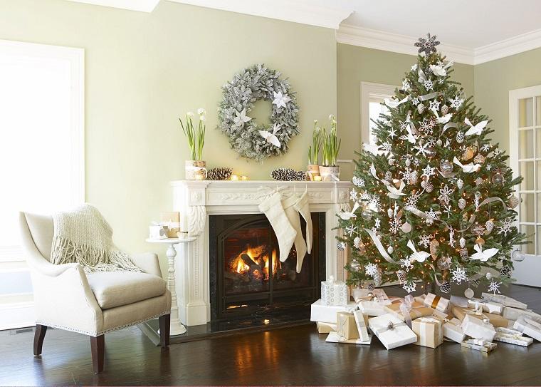 addobbi natalizi bianchi albero ghirlanda