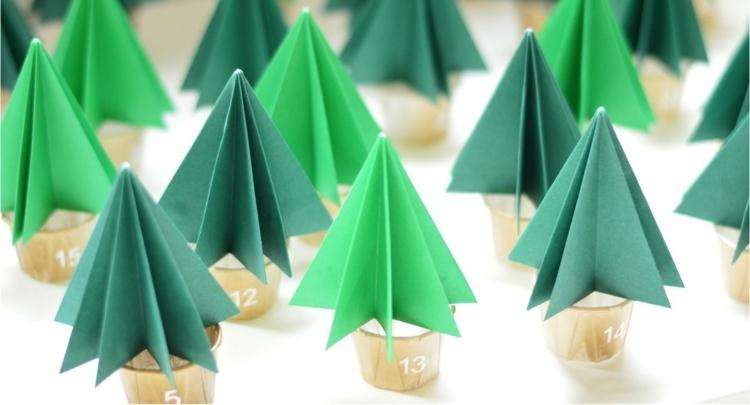addobbi natalizi carta forma alberelli