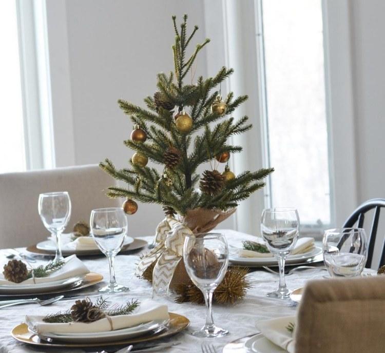 addobbi natalizi fai da te abbellire tavola