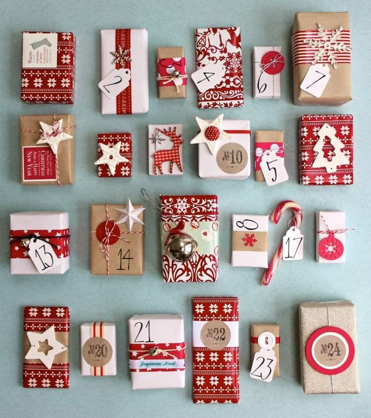 addobbi natalizi forma calendario avvento piccoli pensierini