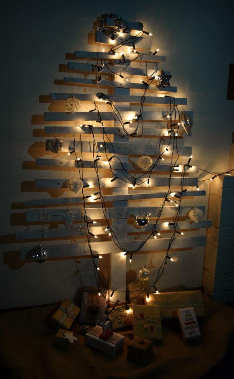 addobbi natalizi pannelli compensato attaccati parete