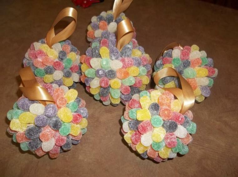 addobbi natalizi per bambini dolcetti colorati