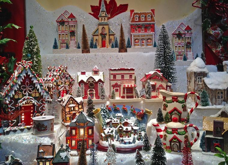 addobbi natalizi per negozi ceramica