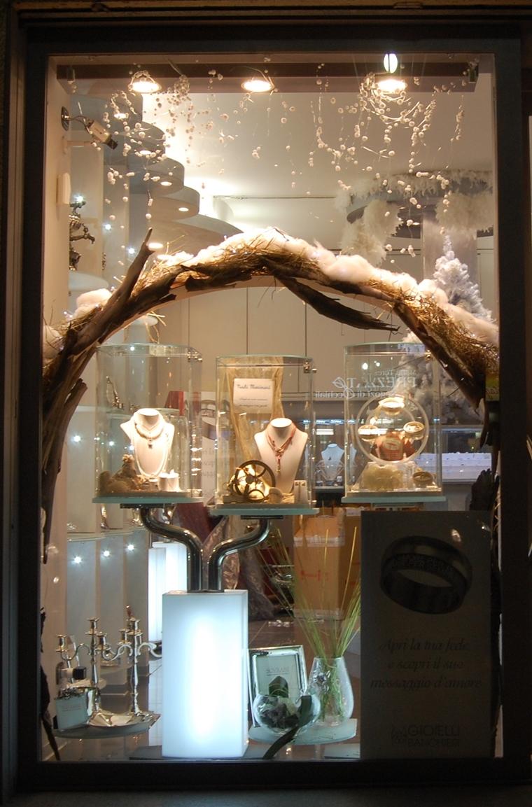 addobbi natalizi per negozi gioielli