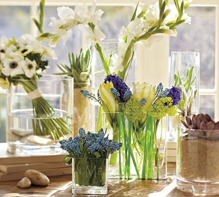 addobbi primavera casa fiori vasi vetro