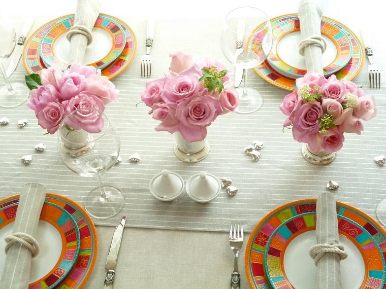 addobbi primavera idee rose tavola