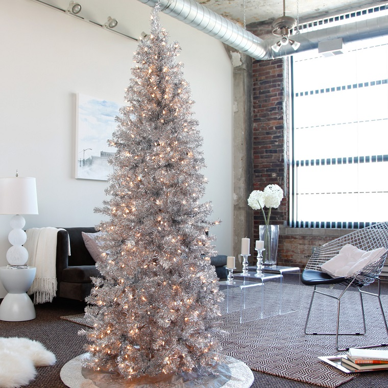 alberi di Natale addobbati argento